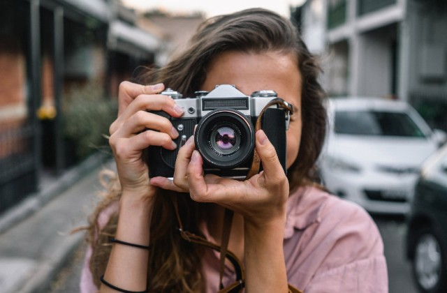 10 Interpersonal skills to develop as a photographer